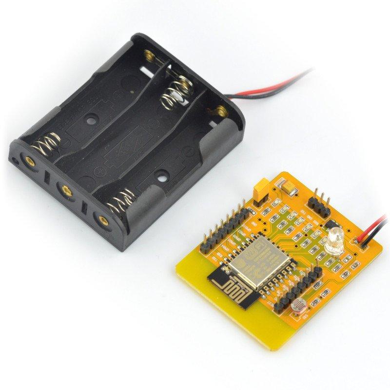 Žlutá deska ESP8266 - WiFi modul ESP-12E + koš na baterie